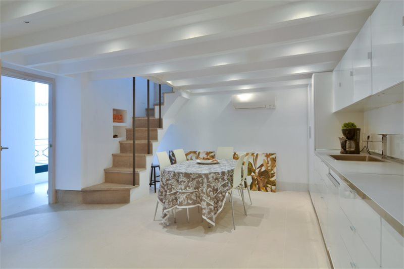 Living area: 380 m² Bedrooms: 3  - Townhouse in Palma Old Town #12803 - 4