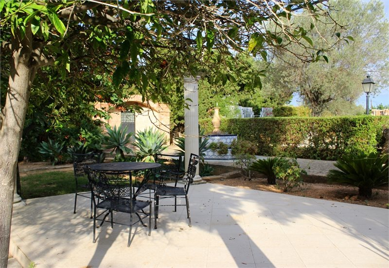 Living area: 940 m² Bedrooms: 6  - Finca in Establiments #12179 - 24